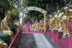 Weg aan Shatin 10000 Buddhas-Tempel, Hong Kong Stock Afbeeldingen