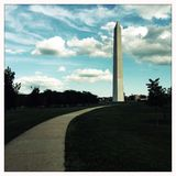 Weg aan Washington Monument in Washington, gelijkstroom Royalty-vrije Stock Afbeeldingen