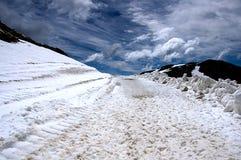 Weg in afdaling van de gletsjer Stock Foto