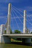 Weg-Alleen-Brücke Lizenzfreie Stockbilder