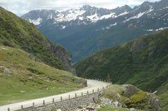 Weg in Alpen Stock Foto's