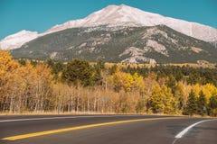 Weg bij de herfst in Colorado, de V.S. Stock Afbeeldingen