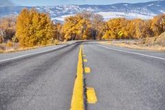 Weg bij de herfst in Colorado, de V.S. royalty-vrije stock afbeelding