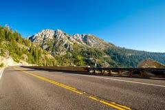 Weg bij Meer Tahoe in Californië royalty-vrije stock afbeeldingen