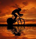 Weg cycler stock illustratie