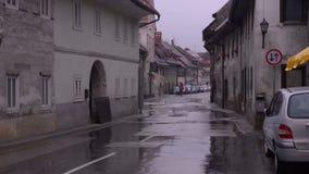 Weg in de stad Regen stock videobeelden
