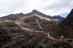 Weg door bergketen, Sikkim Royalty-vrije Stock Fotografie