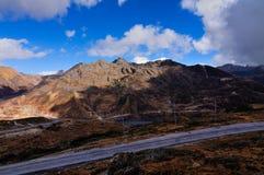 Weg door Jelepla-Pas, Dzuluk, Sikkim Stock Fotografie