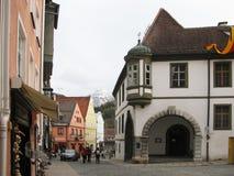 Weg durch die Stadt von FÃ-¼ glättend, ssen alpen deutschland stockfoto
