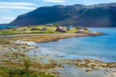 Weg E69 in Finnmark, Nord-Norwegen Lizenzfreie Stockfotos