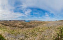 Weg E69 in Finnmark, Nord-Norwegen Stockbild