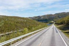 Weg E69 in Finnmark, Nord-Norwegen Stockfotos