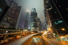 Weg in Hong Kong Downtown Financi?le districts en commerci?le centra in slim stad en technologieconcept Wolkenkrabber en high-ris royalty-vrije stock foto