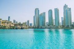 Weg im Herzen von Dubai Wir können die Straße, Gebäude sehen und Lizenzfreie Stockfotos