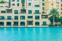 Weg im Herzen von Dubai Wir können die Straße, Gebäude sehen und Lizenzfreie Stockfotografie