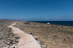 Weg langs oceaan bij het nationale park van Shete Boka Royalty-vrije Stock Fotografie