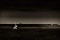 Weg laufen oder segeln Stockbild