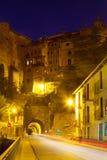 Weg met tunnel in Albarracin Stock Fotografie