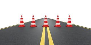 Weg met verkeerskegels Stock Afbeeldingen