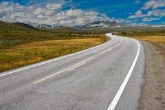 Weg in Noorwegen Stock Foto's