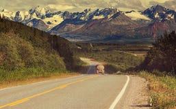 Weg op Alaska Royalty-vrije Stock Afbeeldingen