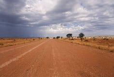 Weg op een woestijn in Afrika Royalty-vrije Stock Foto's