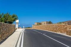 Weg op Gozo-eiland in Malta Stock Foto's