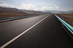 Weg over de berg Stock Fotografie