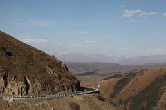 Weg over de berg Stock Afbeelding