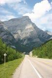 Weg in Rockies Royalty-vrije Stock Afbeeldingen