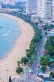 Weg tussen Pattaya-Stad en het strand, de foto van het Vogeloog veiw stock fotografie