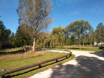 12 72 2001 Weg und Natur mit 01 Parks Stockbild