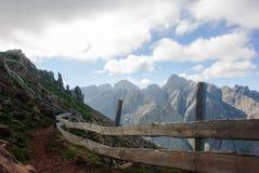 Weg van het Dolomiet Stock Foto's