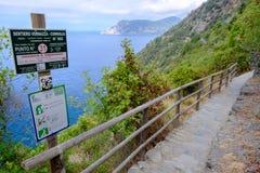 Weg Vernazza - Corniglia lizenzfreies stockbild