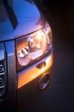 Weg vom Auto der Straße 4x4 bei Sonnenuntergang im Sommer Lizenzfreies Stockfoto