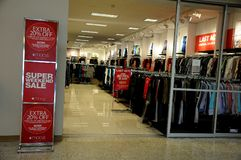 20% weg vom Verkauf an Macy-` s Stockfotografie