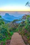 Weg von Adams-Spitze, Sri Lanka Lizenzfreies Stockbild