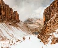Weg zu Sella Ronda Dolomites Italy stockfotografie