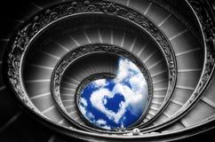 Weg, zum - der berühmten gewundenen Treppe in der Vatikan-Museum (Rom) zu lieben stockfotografie