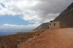 Weg zur schönen Bucht von Balos in Kreta lizenzfreie stockfotos