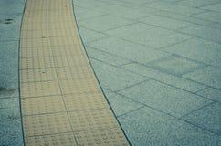 Wegbahn besonders für die blinde Person Lizenzfreie Stockbilder
