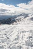 Wege, die auf einen Berg führen Stockbild