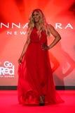 Wege Laverne Cox die Rollbahn am Gehungs-Rot für Frauen-rote Kleidersammlung 2015 Stockbild