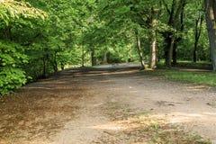Wegen Bois de Vincennes in Parijs stock afbeeldingen