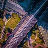 Wegen in Valencia, de auto's van Spanje en bruggen Stock Afbeelding