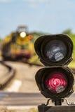 WegewahlAmpel mit einem roten Signal auf Eisenbahn Stockbilder