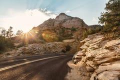 Weglandschap over zonsondergang, Utah Royalty-vrije Stock Foto