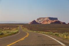 Weglooppas langs het rood-zandsteen dichtbij Pagina stock fotografie