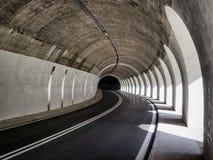 Wegtunnel Stock Afbeelding