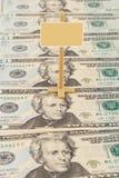 Wegweiser auf den amerikanischen Dollar Stockbilder